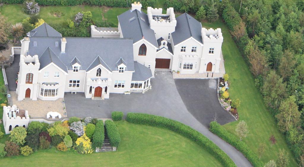 Rossmore Manor