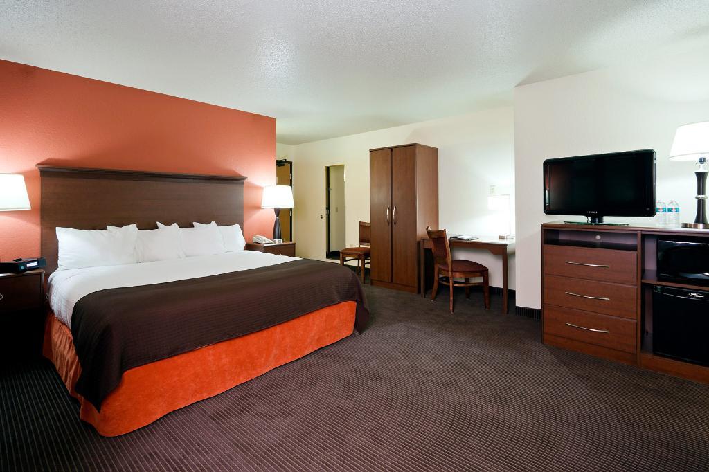 斯特里特經濟型套房飯店