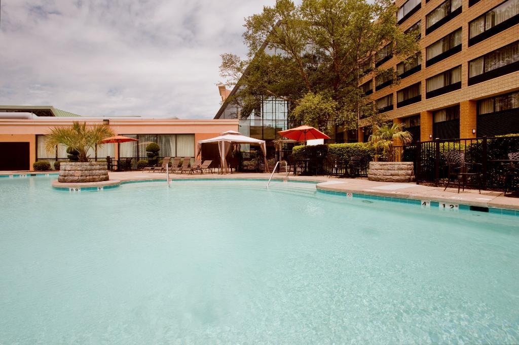 홀리데이 인 버지니아비치 노퍽 호텔 앤드 컨퍼런스센터