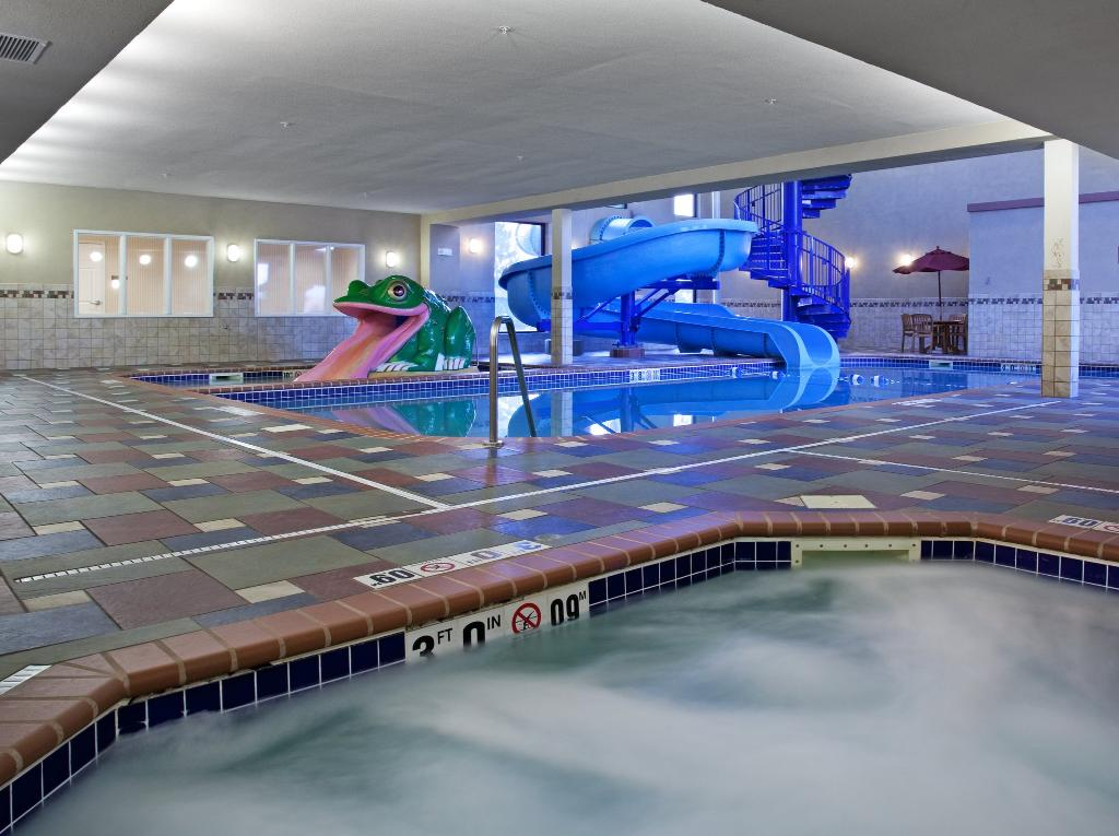 Holiday Inn Express Longmont