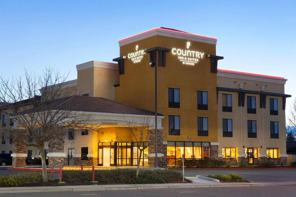 Country Inn & Suites By Carlson, Dixon, CA - UC Davis Area