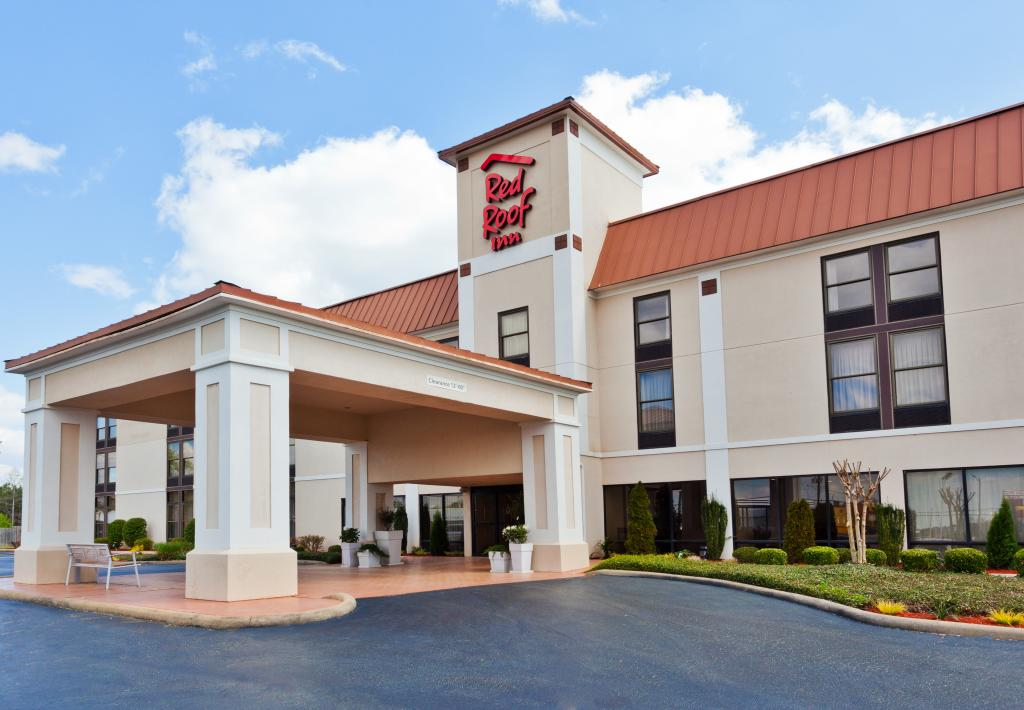 Red Roof Inn Valley