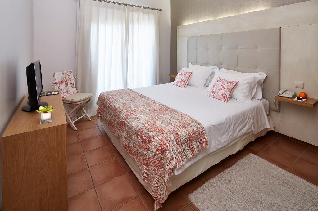 알베르가리아 파르케 다스 라란제이라스 호텔
