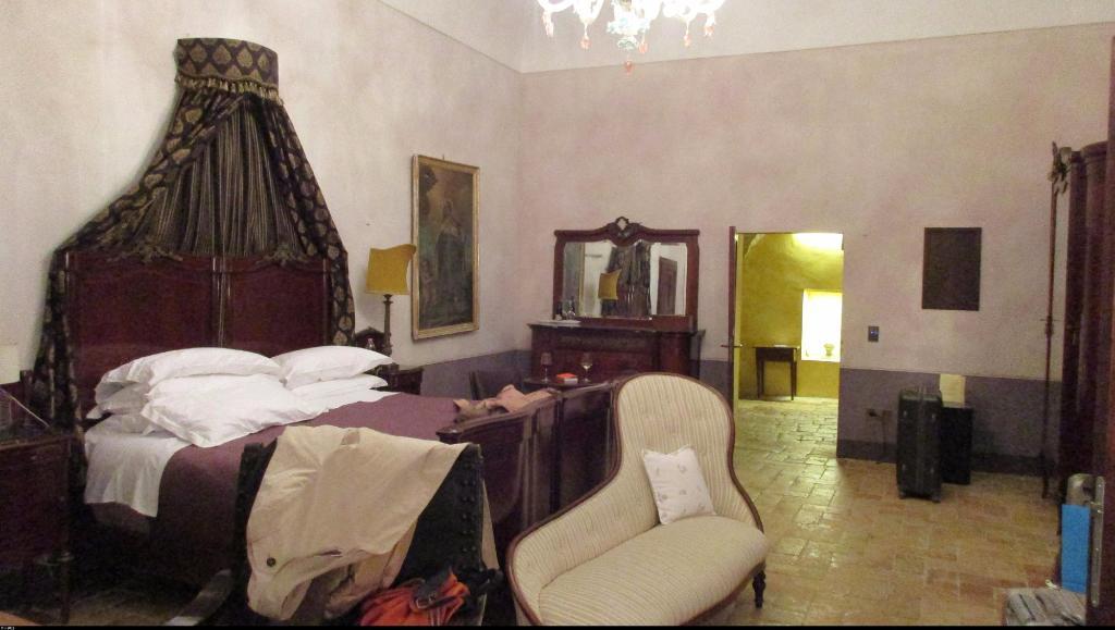 迪賽米維可利城堡酒店