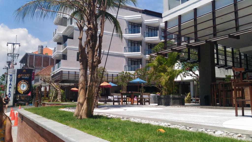 Kuta Playa Hotel & Villas