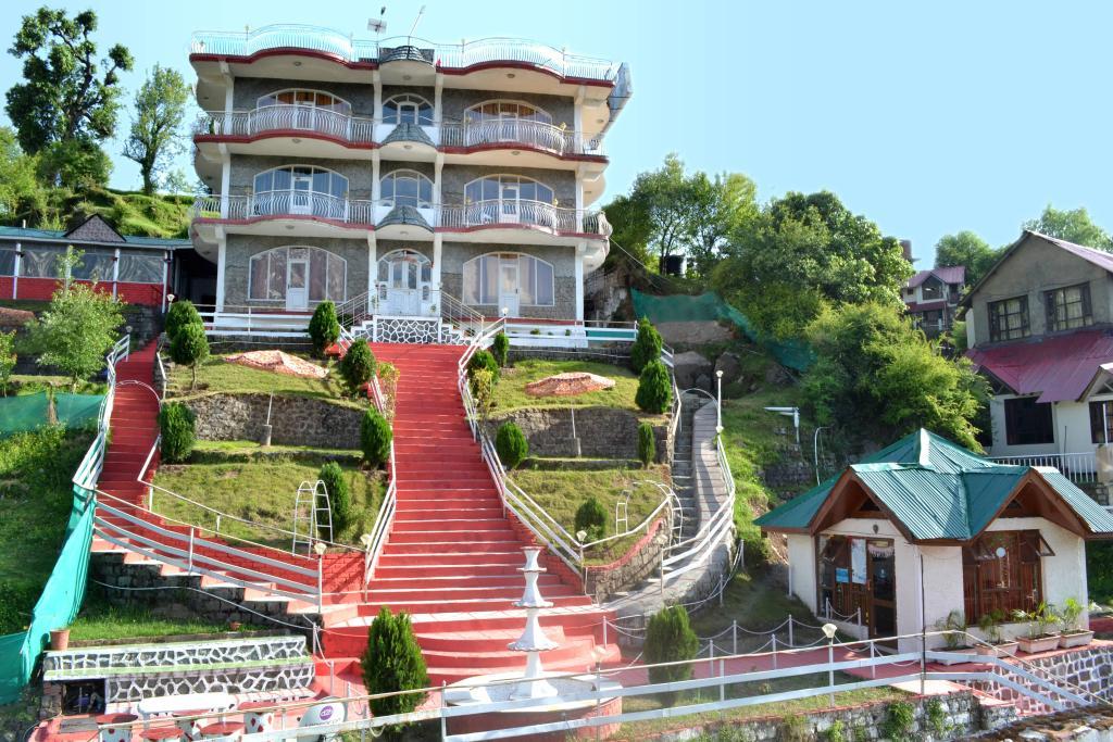 威圖里亞宮酒店
