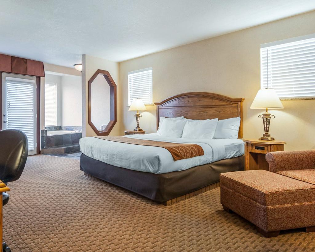 Comfort Inn and Suites by Seaside Convention Center/Boardwalk