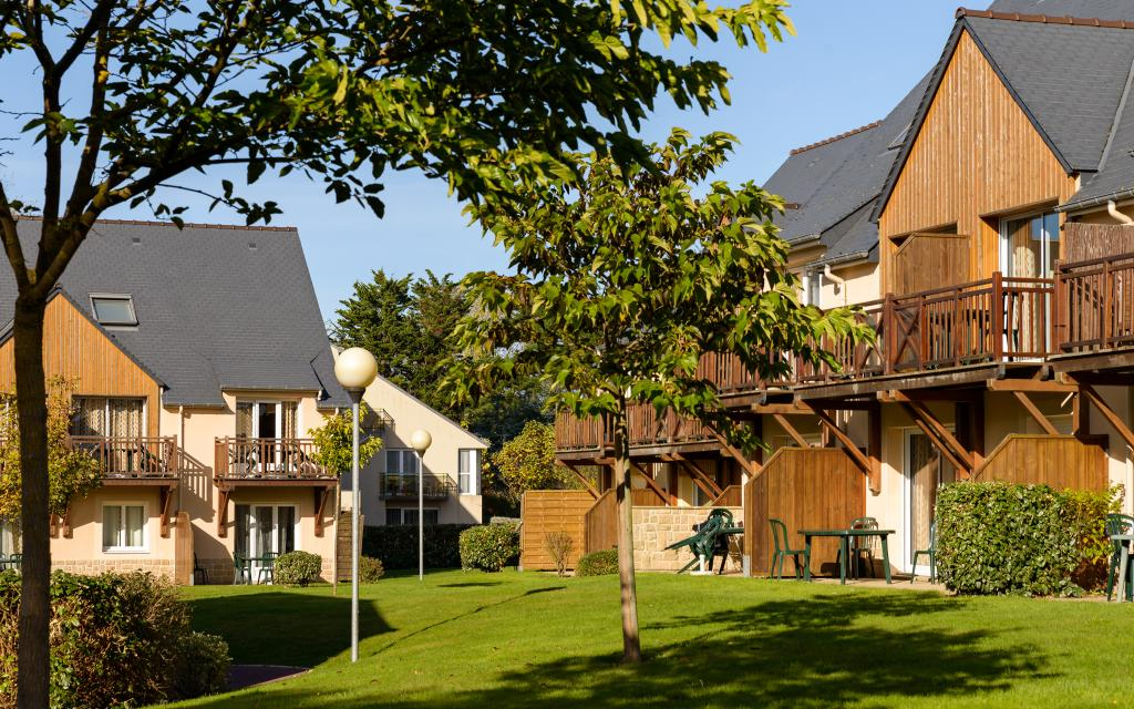 Lagrange Confort+ Residence les Roches Douvres