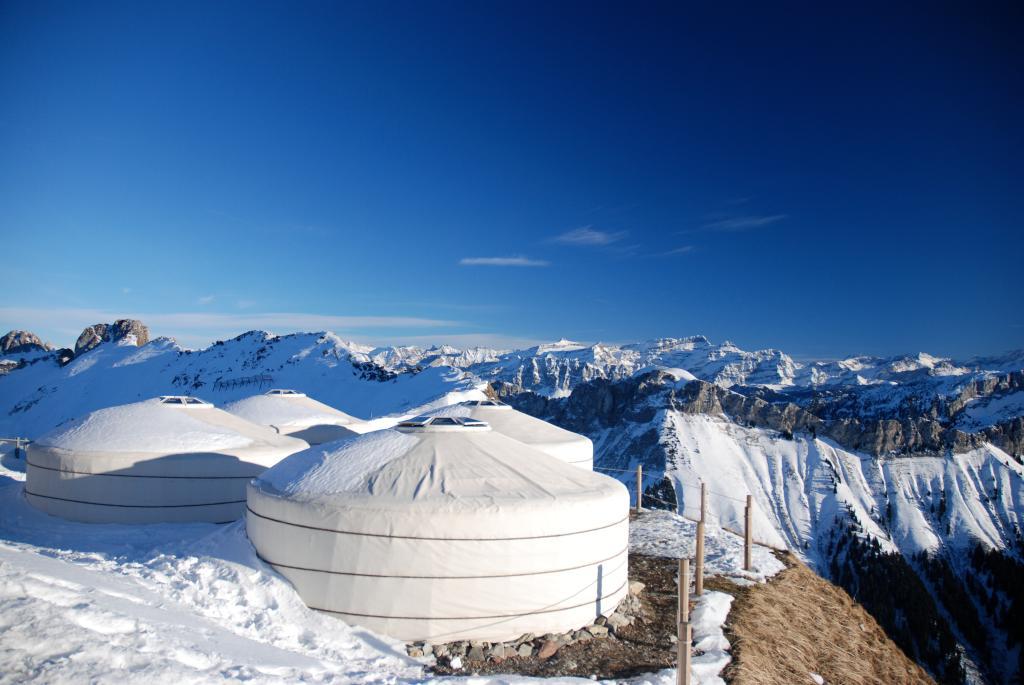 Rochers-de-Naye Yurts