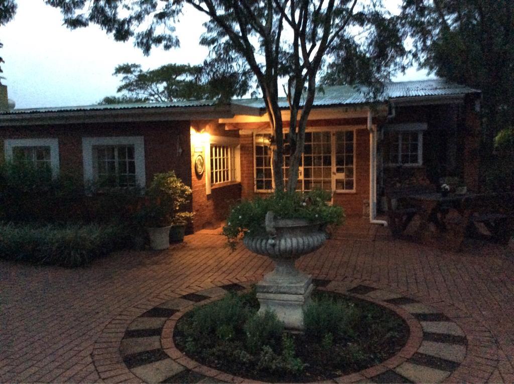 Aintree Lodge