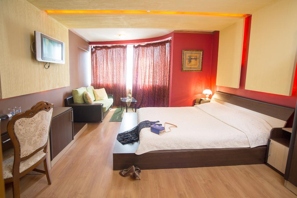 Gabi Hotel