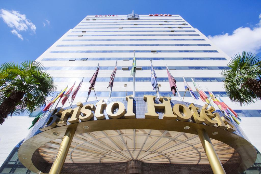 Bristol Dobly International Hotel