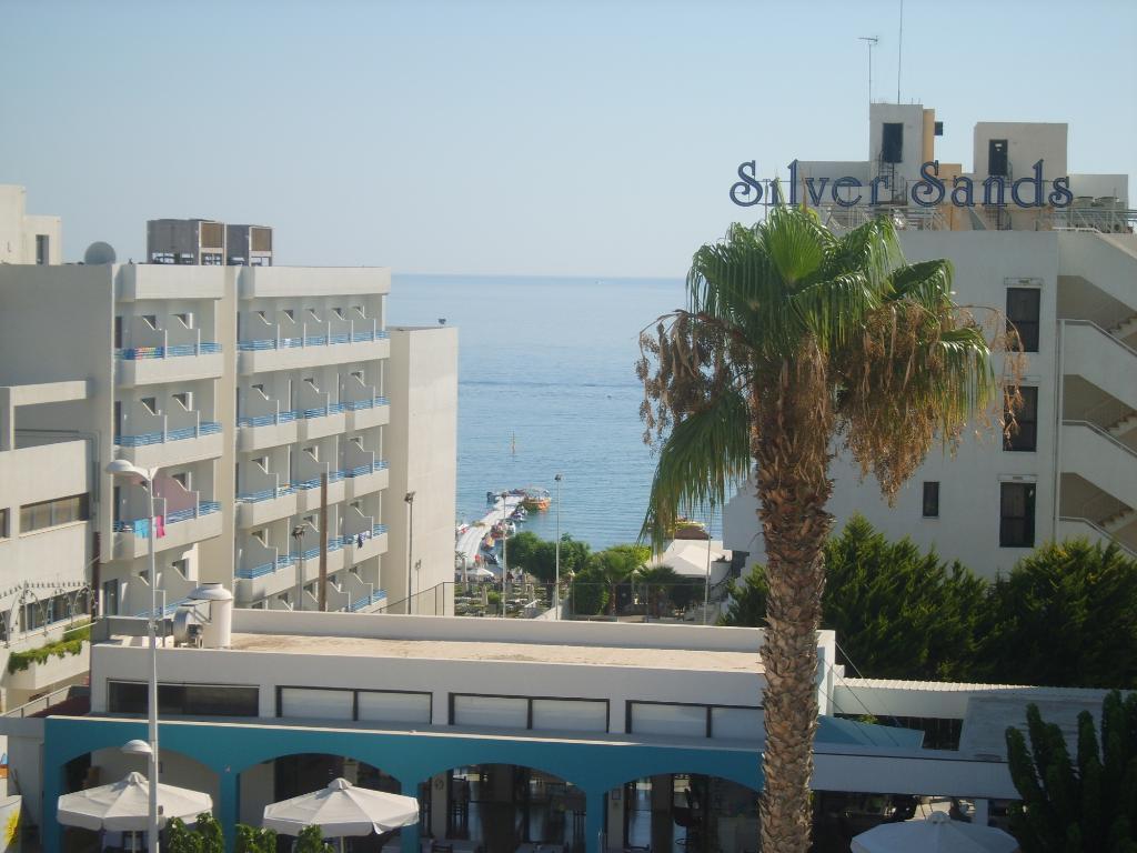 Melini Apartments