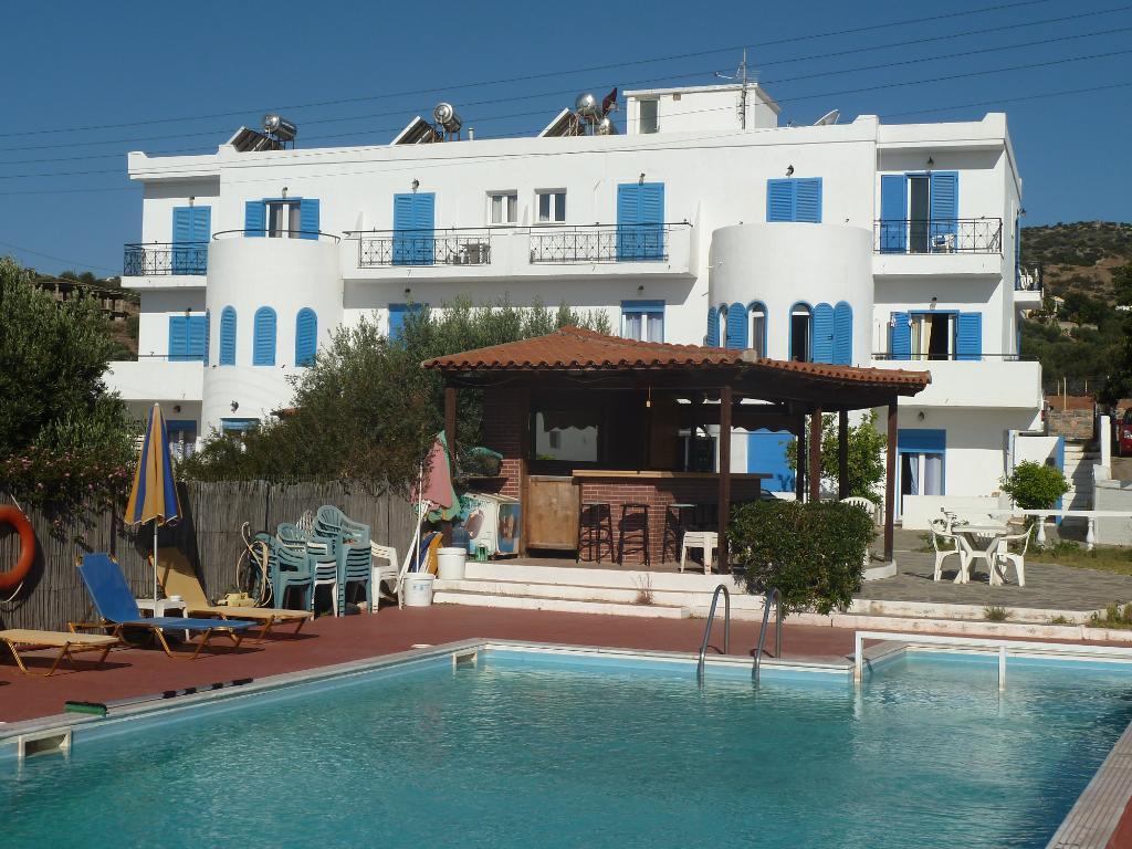 Artemis Beach Hotel