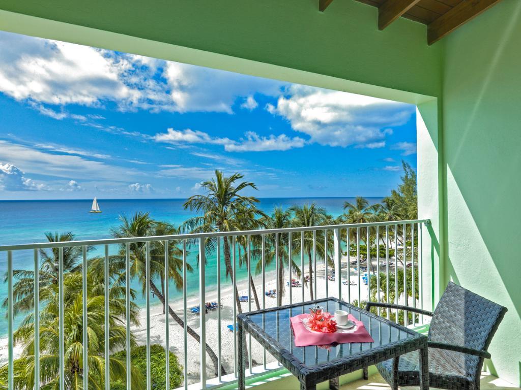 椰子園海灘飯店
