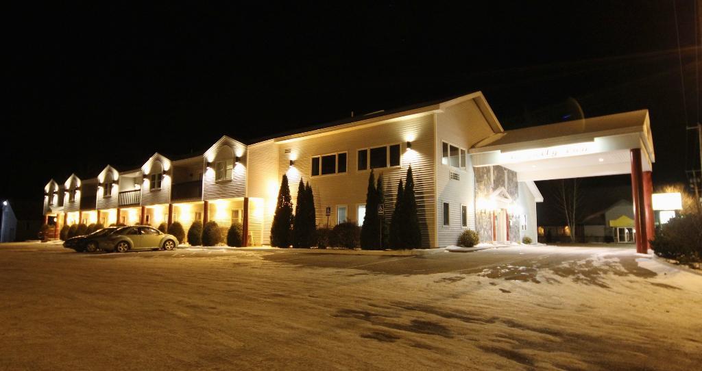 Royalty Inn