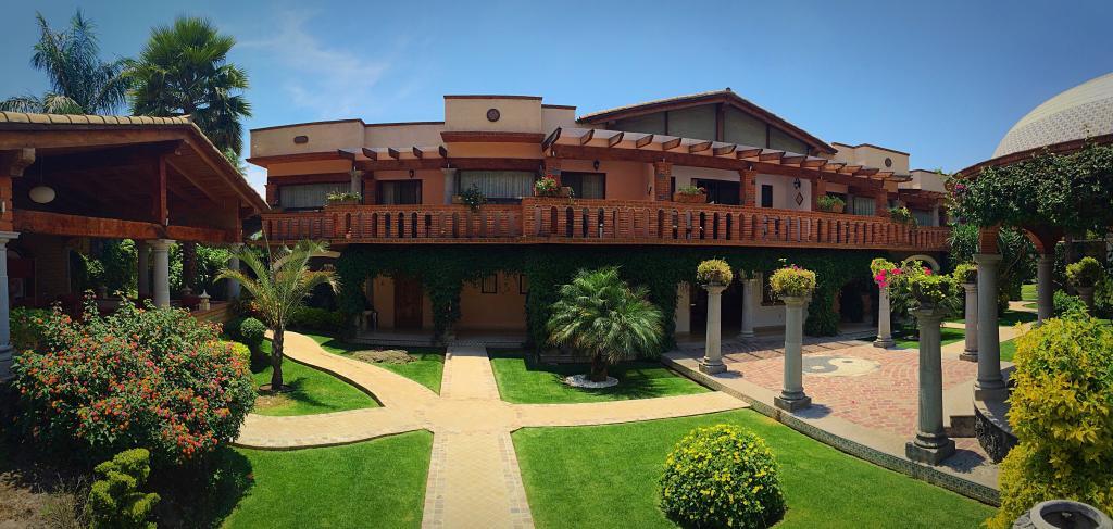 La Buena Vibra Retreat & Spa
