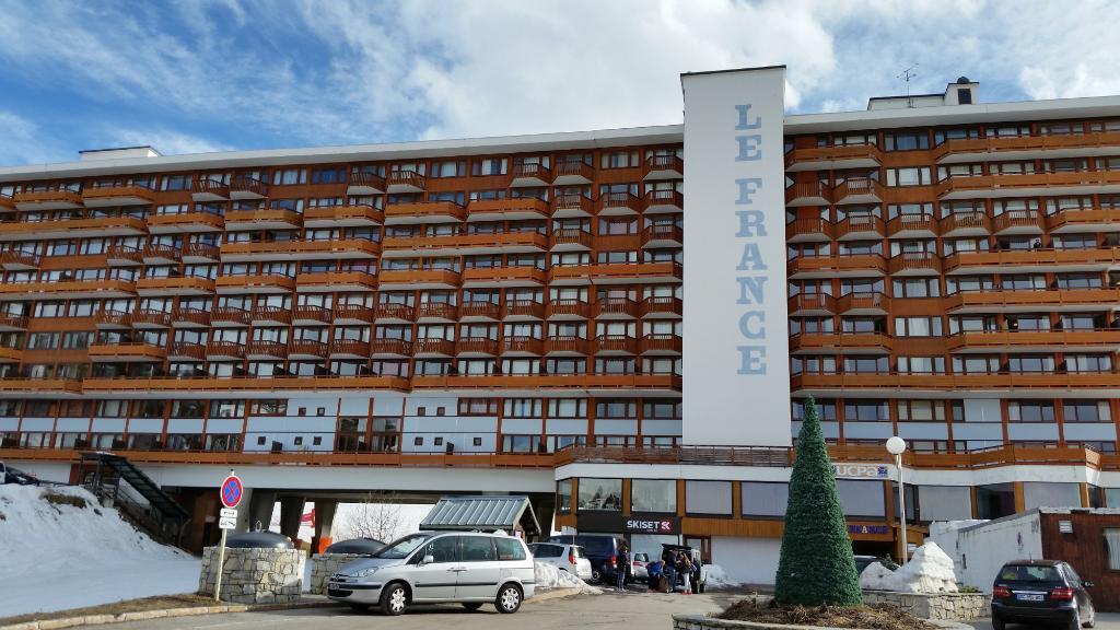 """UCPA La Plagne """"Le France"""""""