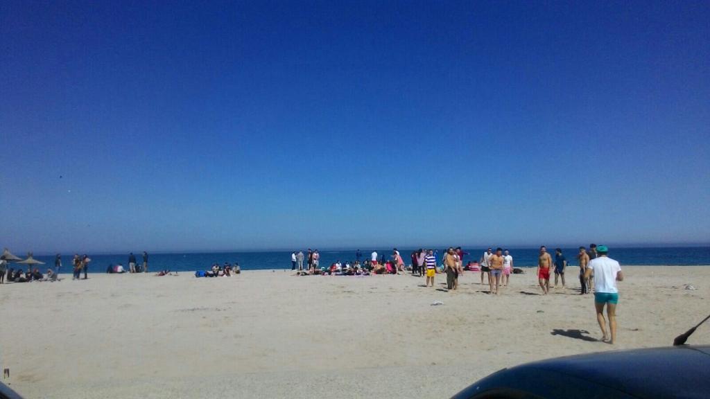 Pura Vida Beach Bar & Hostel