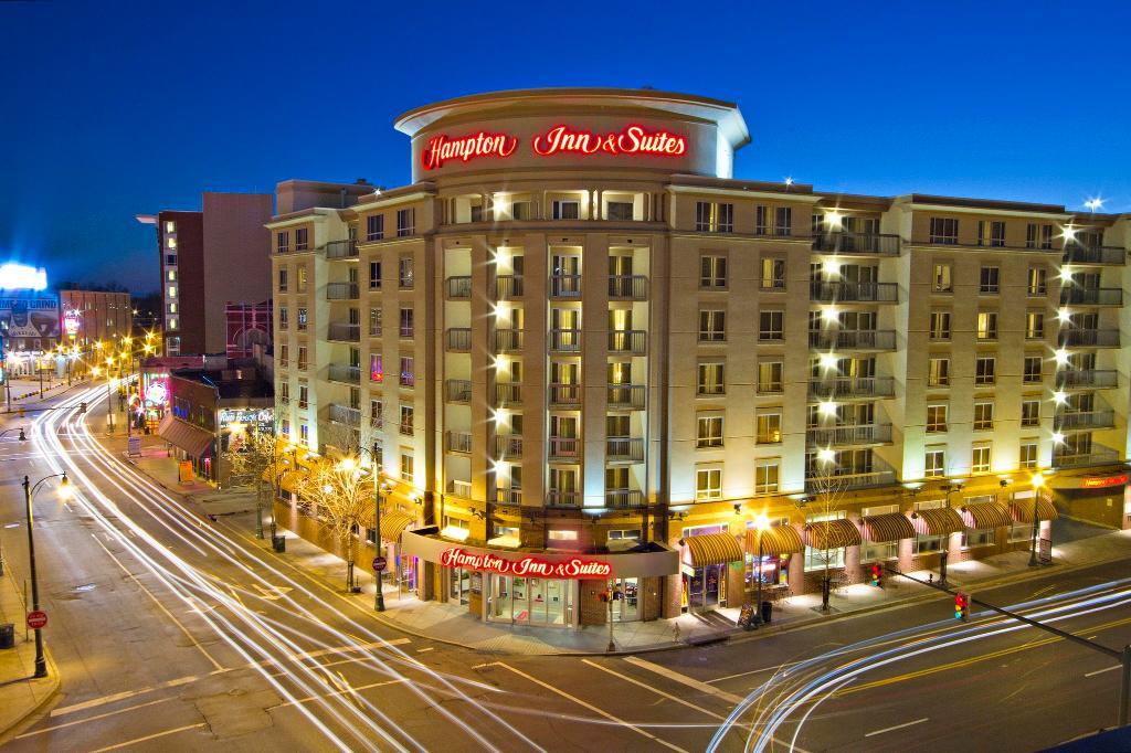 Hampton Inn & Suites Memphis - Beale Street