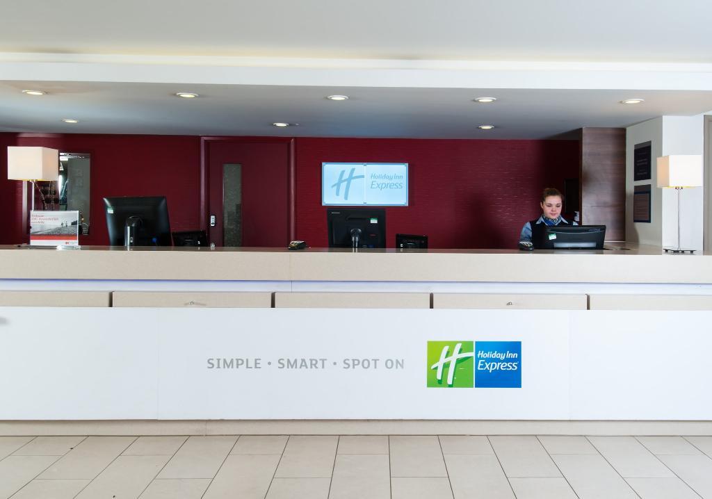 Holiday Inn Express Bristol - North