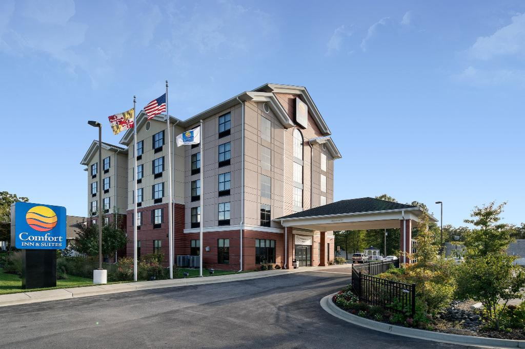Comfort Inn & Suites Lexington Park
