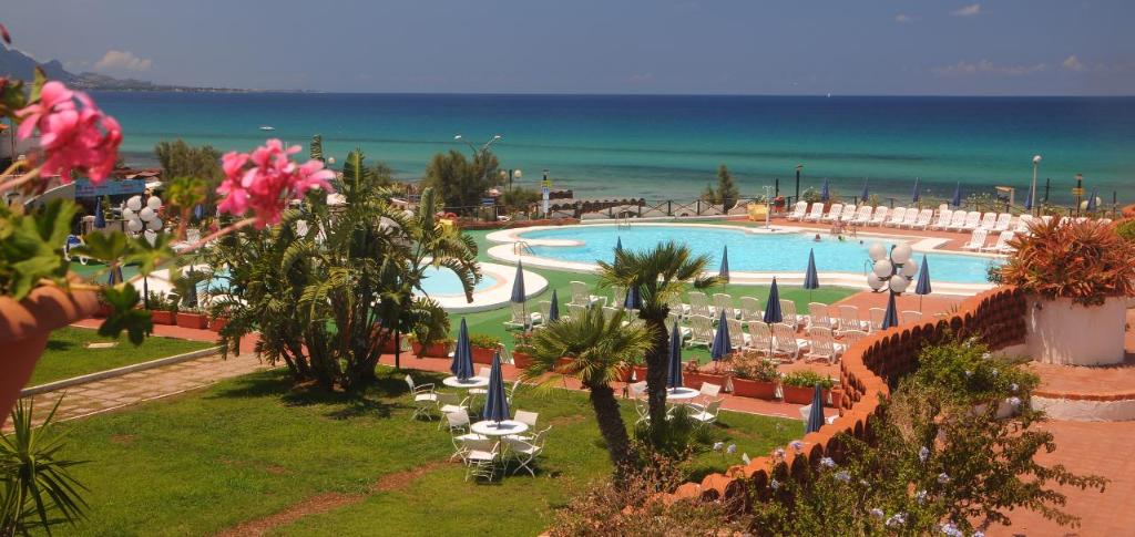 Saracen Sands Village Hotel & Resort