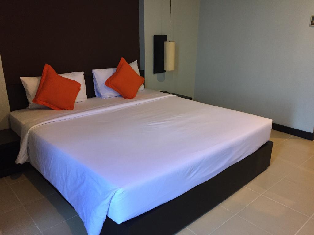 โรงแรม มิราม่า