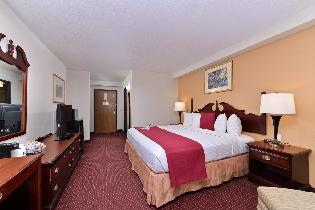 โรงแรมเบสท์ เวสเทิร์น เนเปิลวิล อินน์