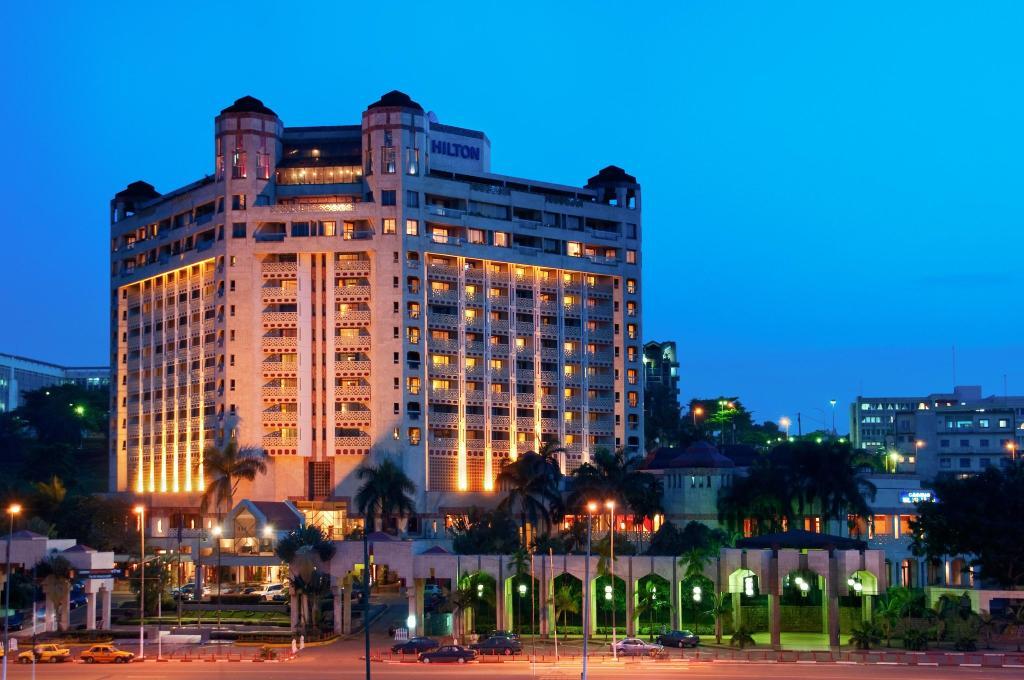 โรงแรมยาอุนเด ฮิลตัน
