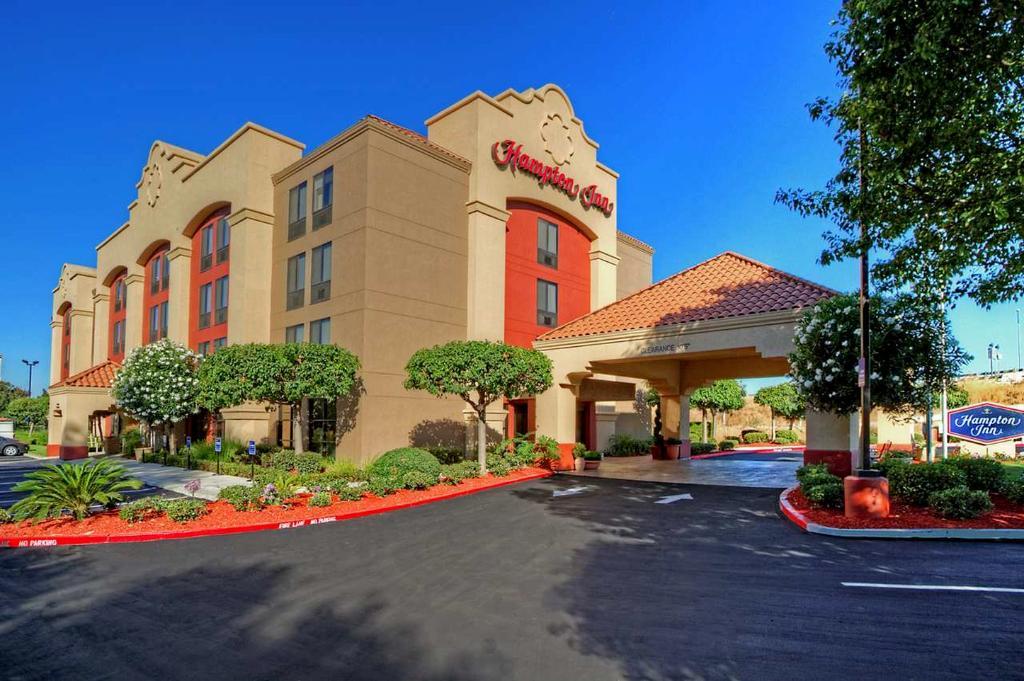 โรงแรมแฮมป์ตันอินน์ มิลปิตัส