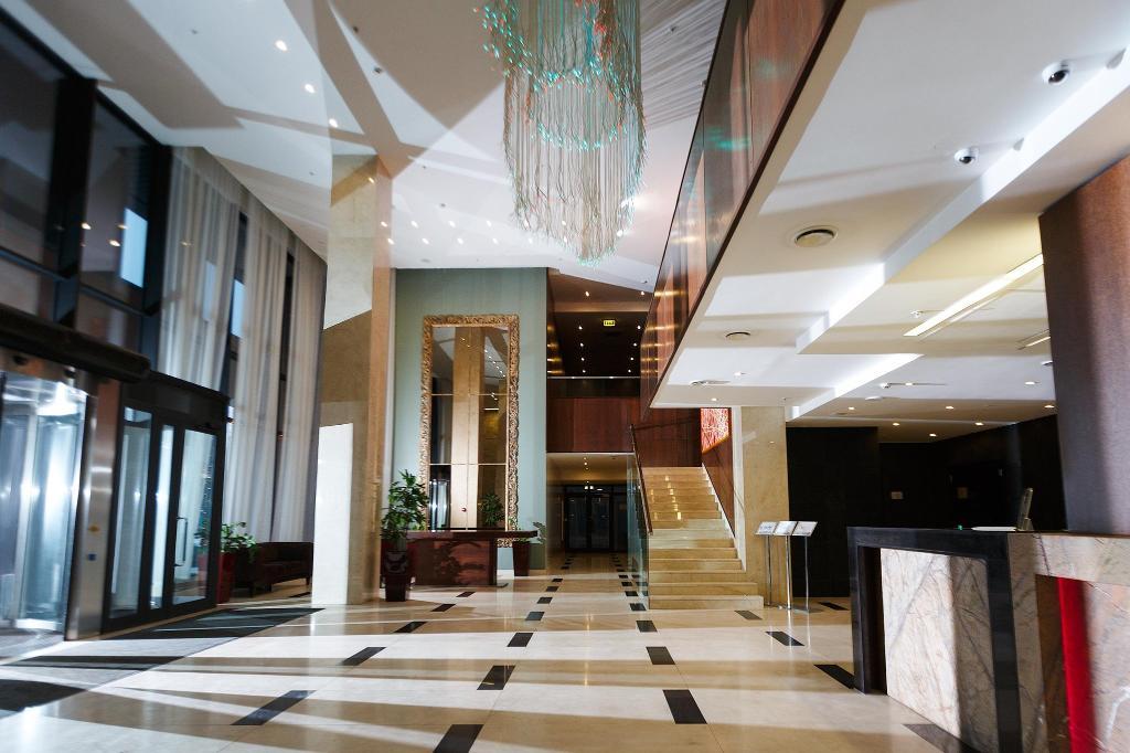 Дабл Три От Хилтон Отель Новосибирск