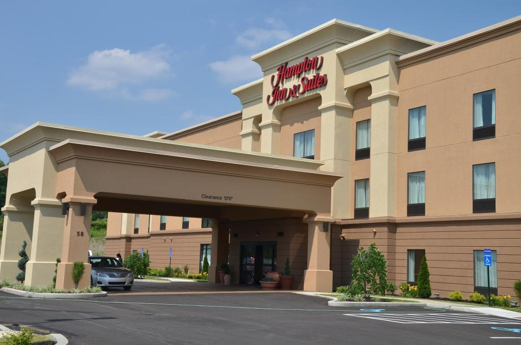 Hampton Inn & Suites Sharon