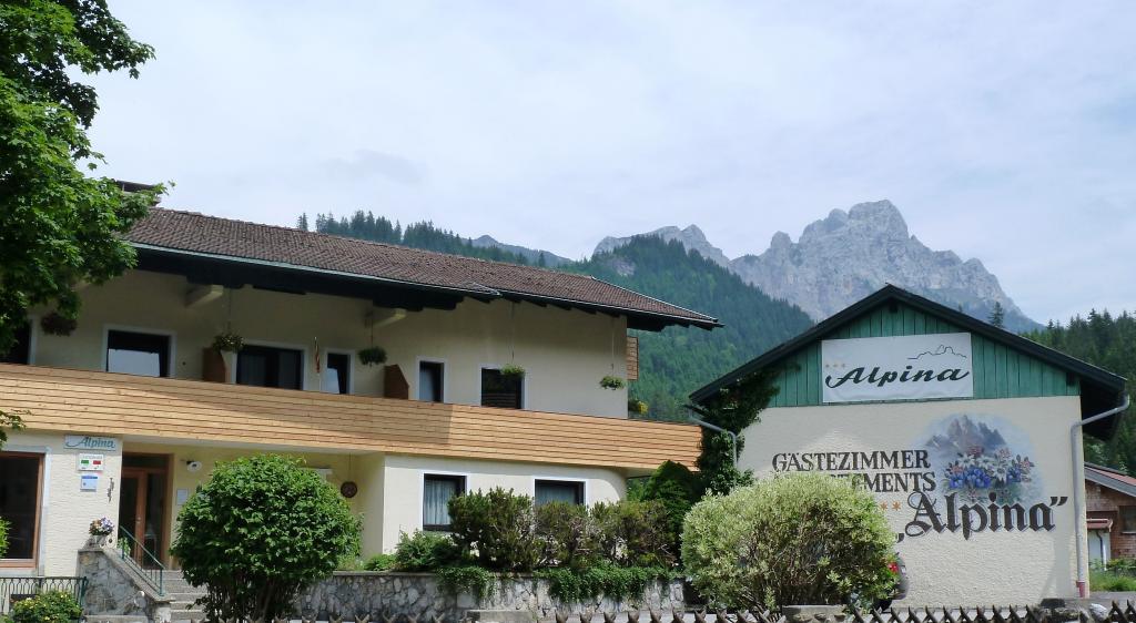 Gaestehaus Alpina