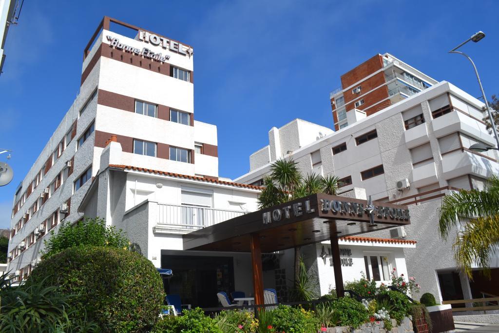 ボン エトワール ホテル