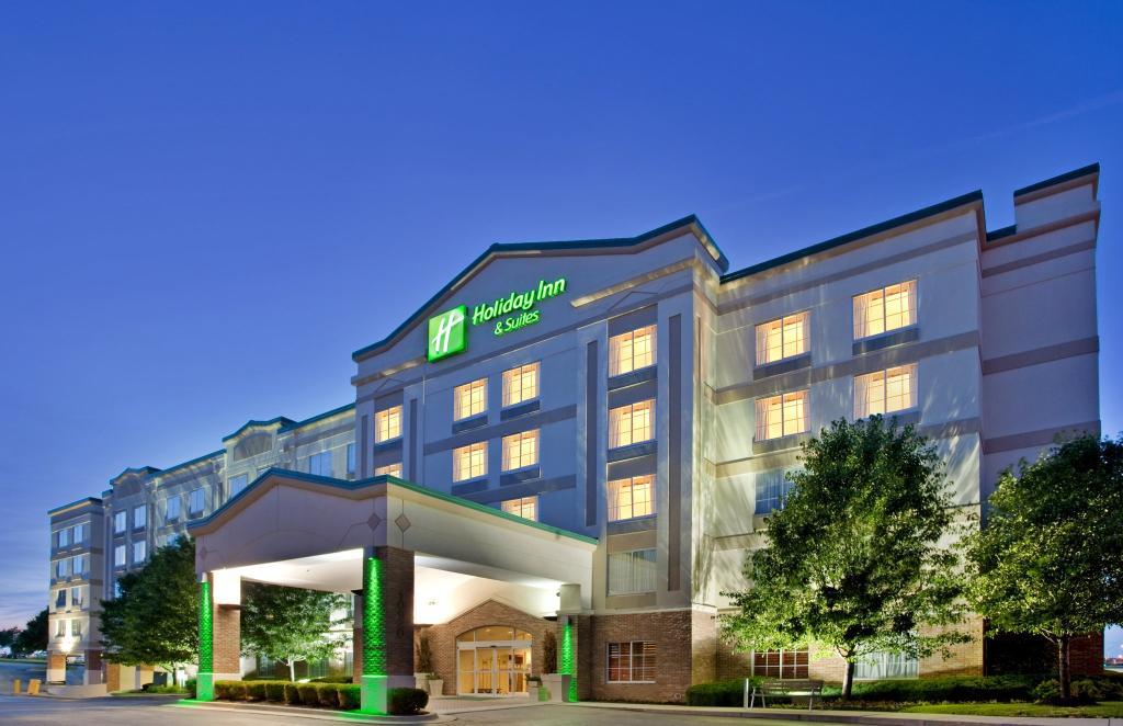홀리데이 인 호텔 앤드 스위트 오버랜드파크 - 컨벤션센터