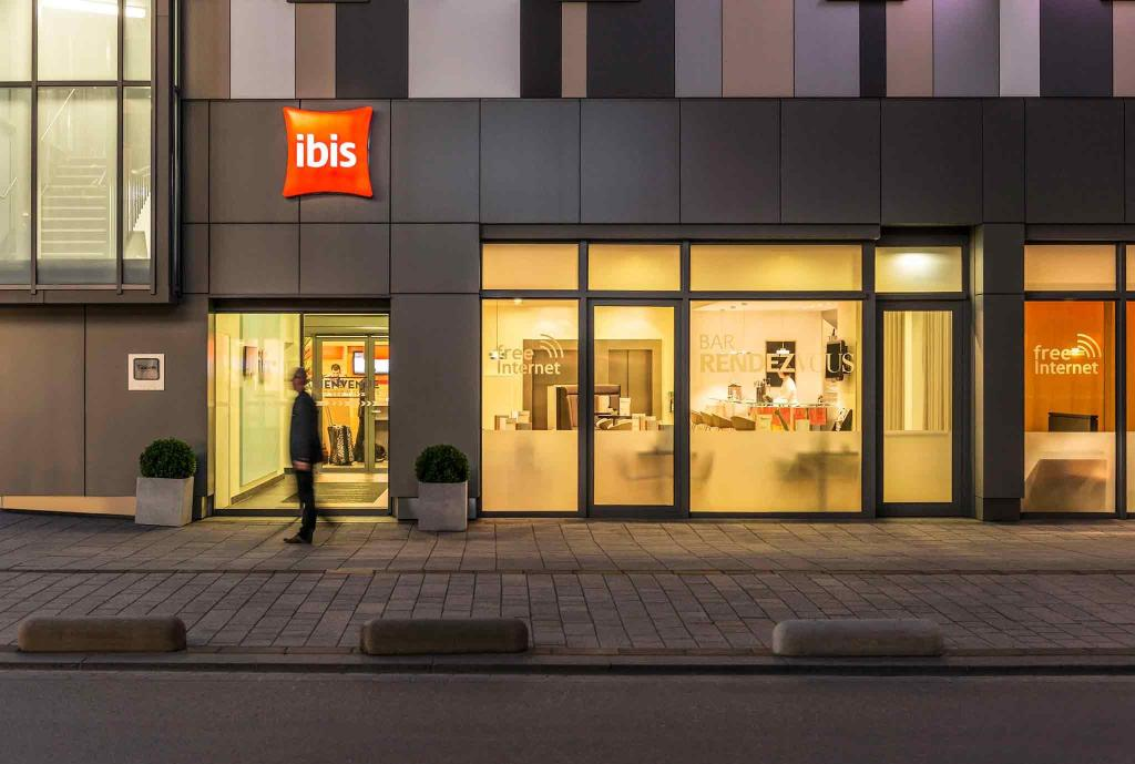 Ibis Esch Belval