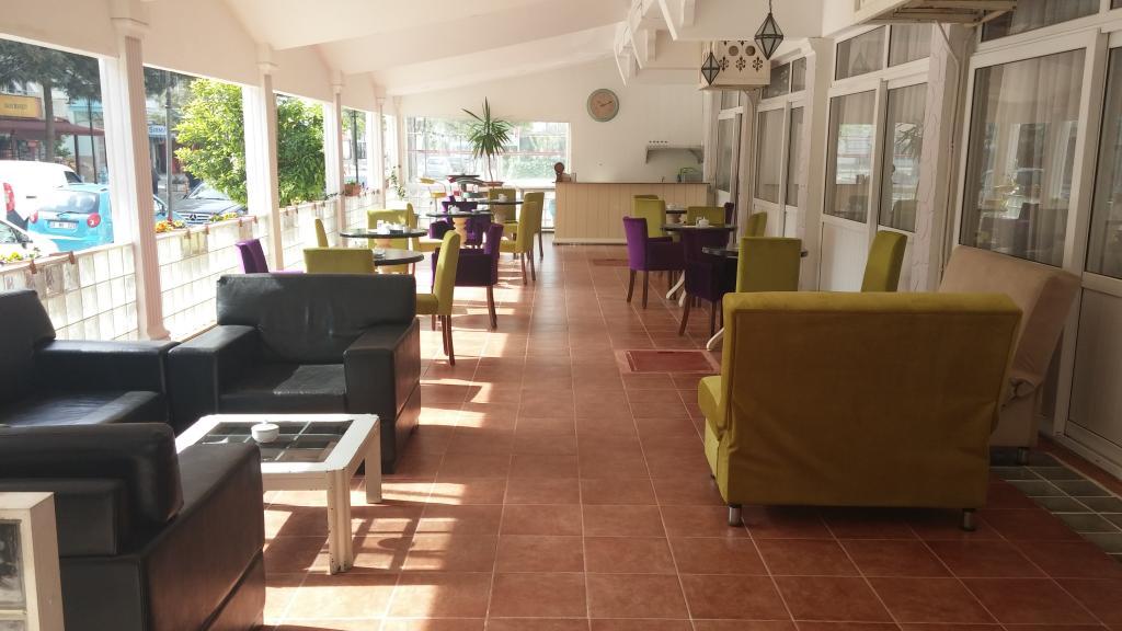 Cenka Hotel