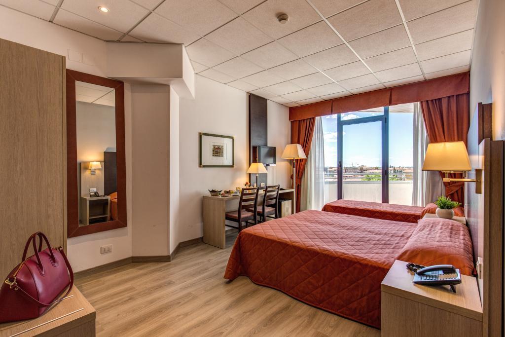 Tuscany Inn Hotel