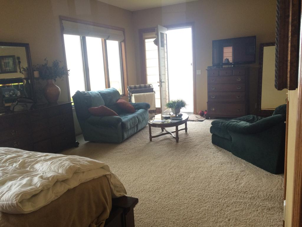 Kosh's Lake View B&B