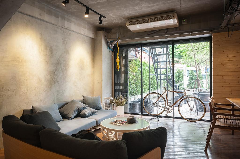 POD-Hostel Cafe Design Shop