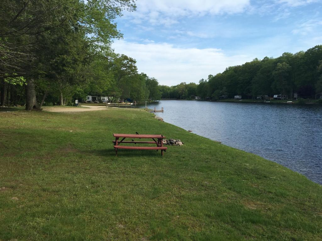 Water's Edge Family Campground
