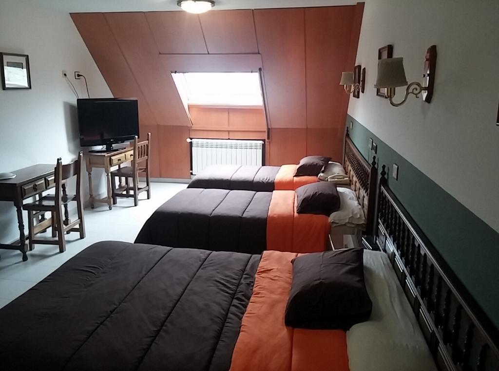 HOTEL LOS OLMOS