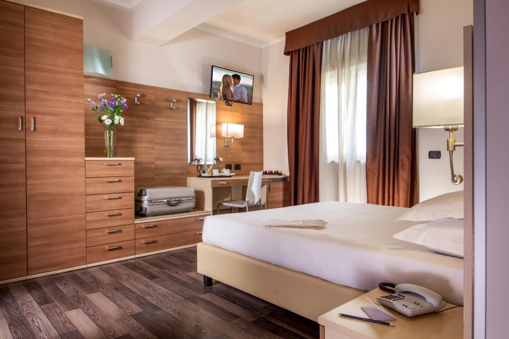 Domidea Hotel
