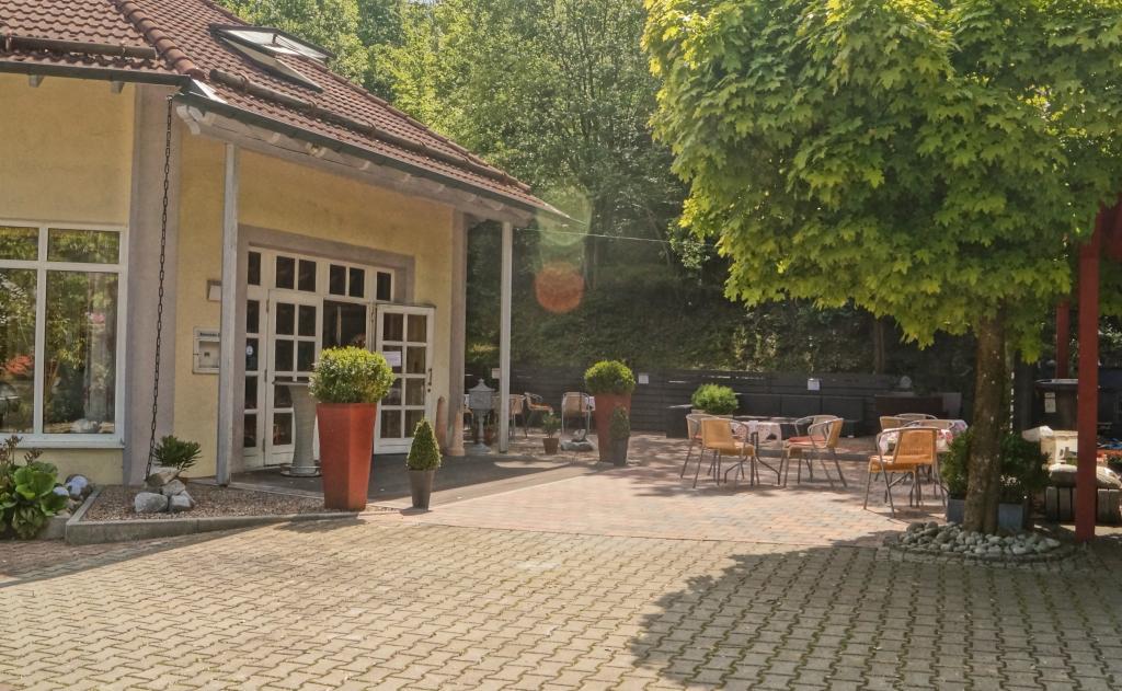 Postkeller Cafe-Hotel-Restaurant