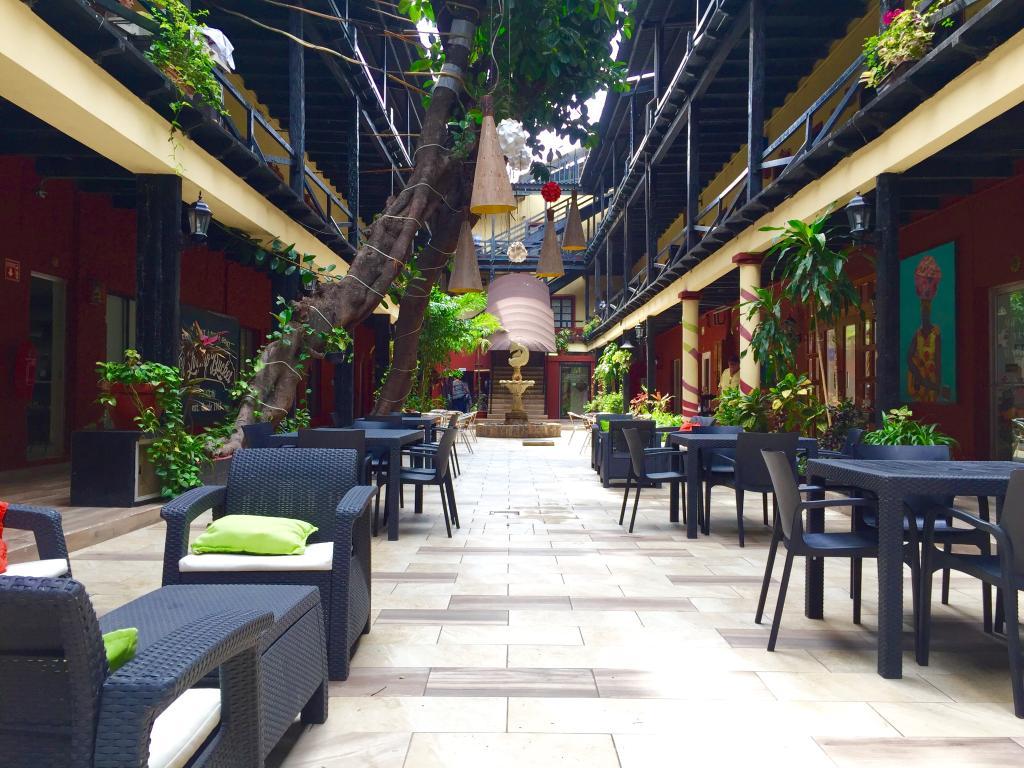 ホテル ラ シエスタ
