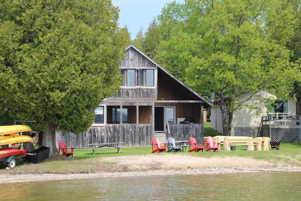 Cedar Grove Cottages Family Resort