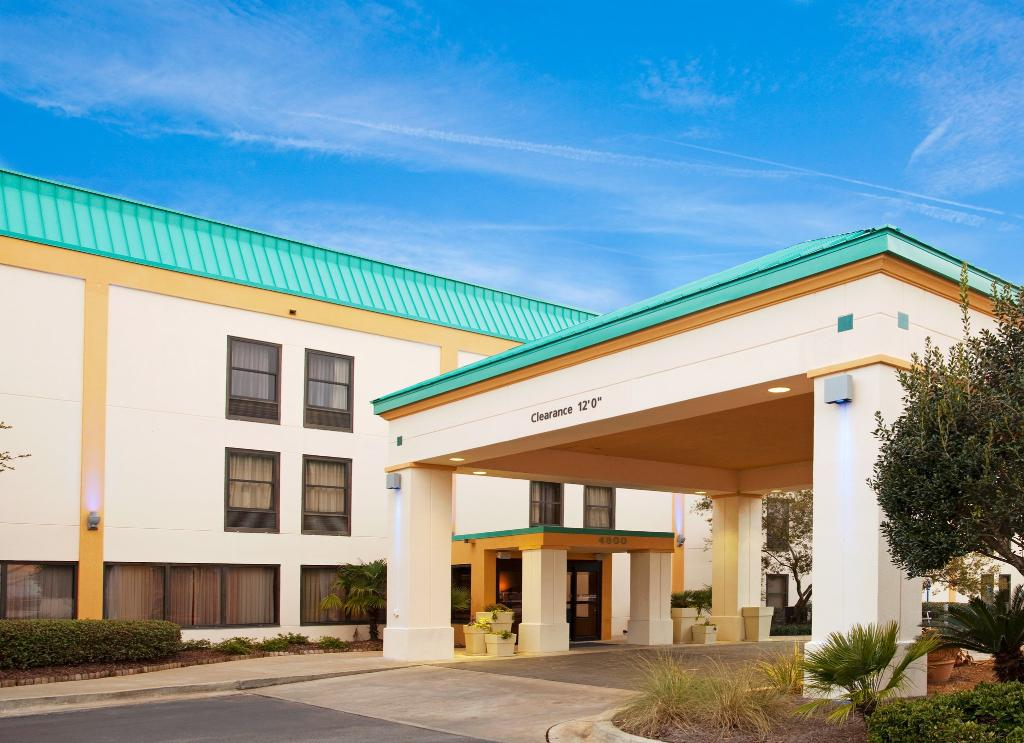 Holiday Inn Express Moss Point