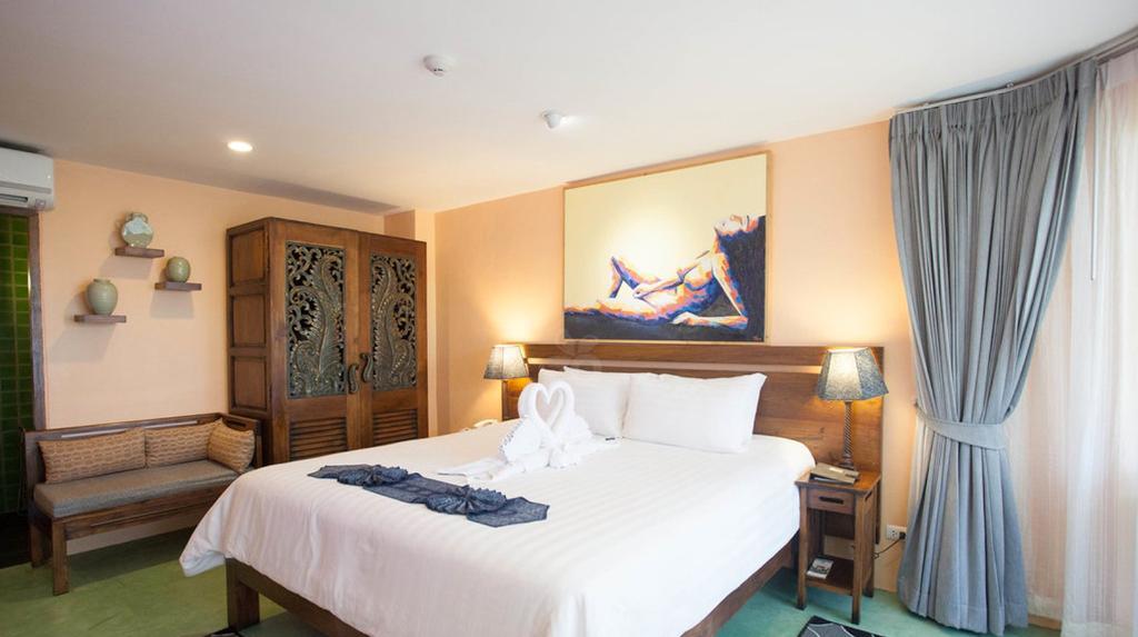 โรงแรมซีซี บลูมส์