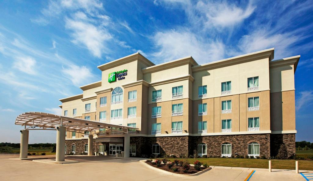 Holiday Inn Express Hotel & Suites Bossier City
